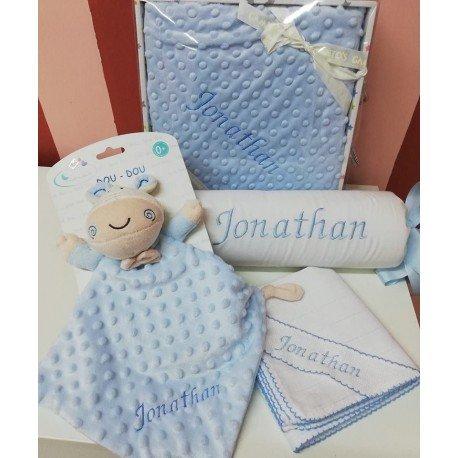 Pack regalo bebé bordado